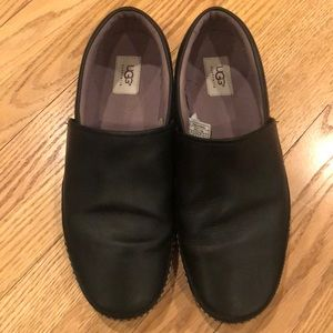 Men's Ugg black leather slip on shoes size 11